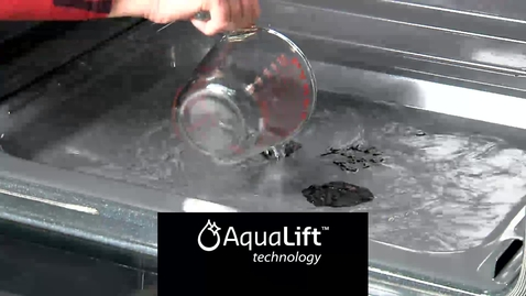 Thumbnail for entry AquaLift vs. Traditional Self Clean - Cooking