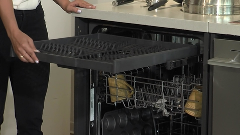 Thumbnail for entry Learning about the Whirlpool® WDT750SAK - Dish Product Training