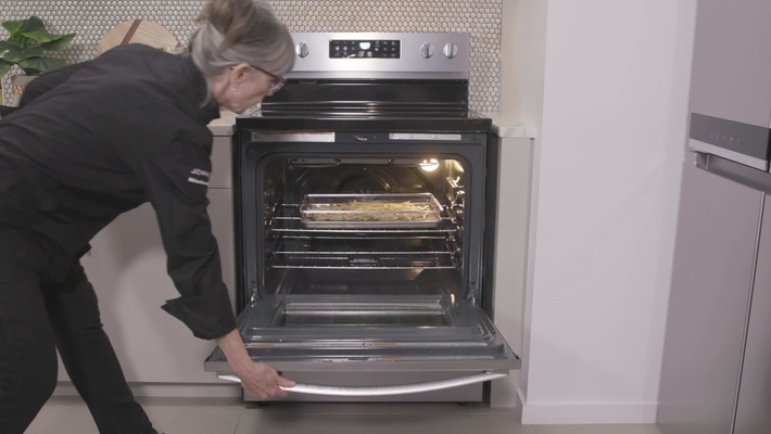 Professional Chef uses Air Fry to cook French Fries