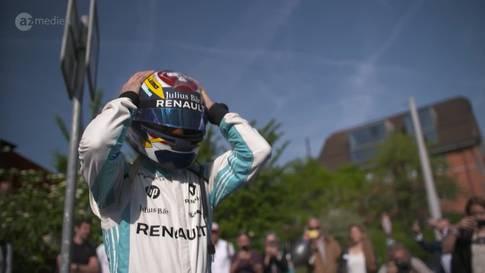 Formel-E-Action in der Innenstadt treibt Puls der Auto-Fans in die Höhe