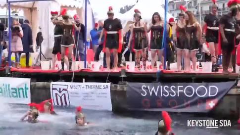 Fast 2500 Mutige springen in acht Grad kaltes Wasser in Genf