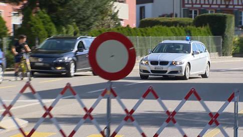 Winterthur ZH: Polizistin von Fluchtfahrzeug angefahren und verletzt
