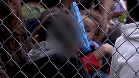 Herzzerreissend: Kinder an US-Grenze weinen und rufen nach Verwandten