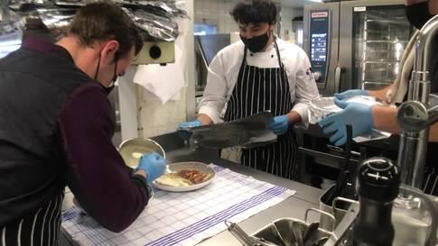 Das Take-Away brummt: Zu Besuch in der Küche des Grenchner Hofs