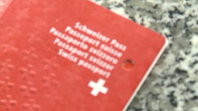 soll der kanton ausländer über einbürgerungs-deadline informieren, Einladung