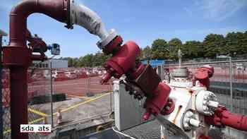 Erste Öffnung des Basler Geothermie-Bohrlochs