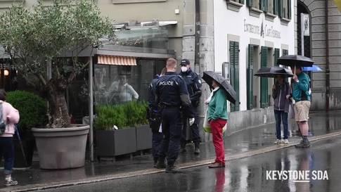 Polizei verhindert in Bern erneut eine Demo von Lockdown-Gegnern