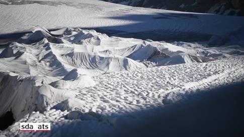Skulpturen auf dem Rhonegletscher