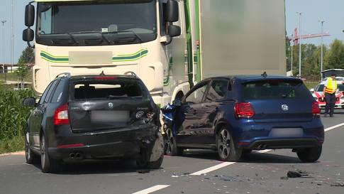 Bürglen (TG): Unfall mit vier Fahrzeugen fordert drei Verletzte