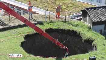 Erdloch bei Tunnelbau in Küssnacht SZ