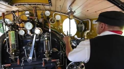 Jungfernfahrt der «Vietnam-Lokomotive»