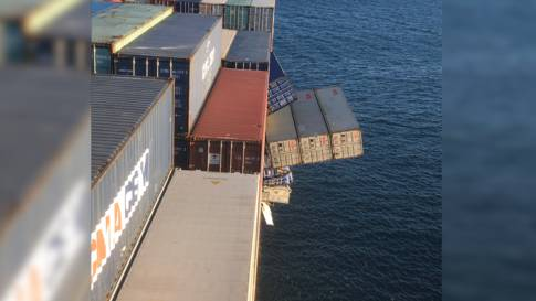 Auf hoher See: Frachtschiff verliert mindestens 40 Container