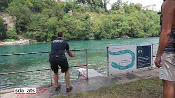 Flussrettungsübungen in der Rhone bei Genf