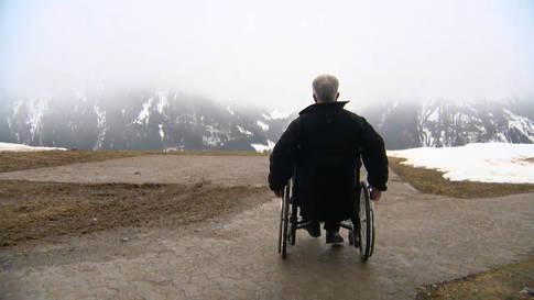 Im Rollstuhl wegen kaputter Seele: eine medizinische Schicksalsgeschichte
