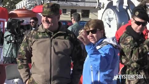 Bundesrätin Viola Amherd stattet Weltcuprennen in Crans-Montana einen Besuch ab