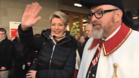Feierlicher Empfang für Karin Keller-Sutter