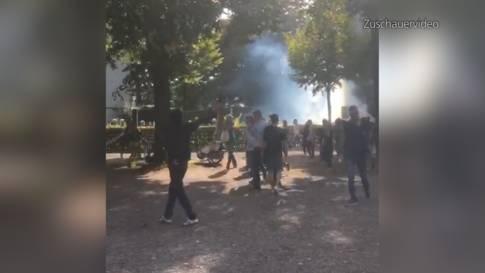 Tränengaseinsatz auf Spielplatz: Möglicherweise Reizgas durch den Wind verteilt