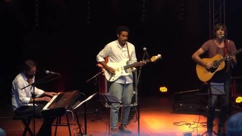 Adrian Stern singt 'Chlini Stadt und wildi Ross' – eine Liebeshymne an Baden