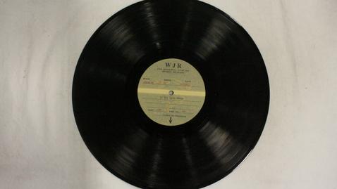Thumbnail for entry WJR - 50-Yard Line Revue [Side 2]