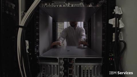 Thumbnail for entry IBM Augmented Remote Assist: la réalité augmentée au service de la téléassistance informatique