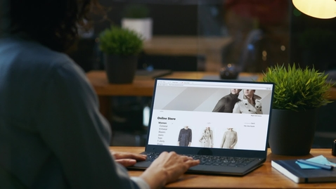 Thumbnail for entry How the retail industry is transforming with the IBM Cloud