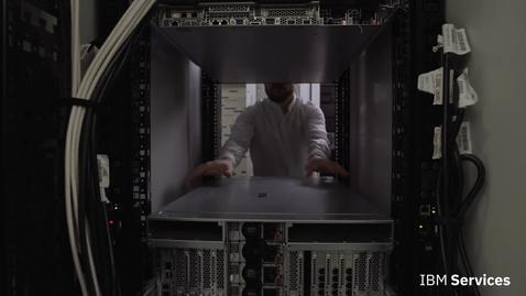 Thumbnail for entry IBM Augmented Remote Assist: Realidad aumentada para soporte remoto de TI