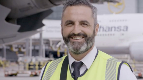 Thumbnail for entry Lufthansa Delivers Premium Service with Apple and IBM