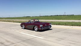 1958 Vette Combines Old with New Style & Performance