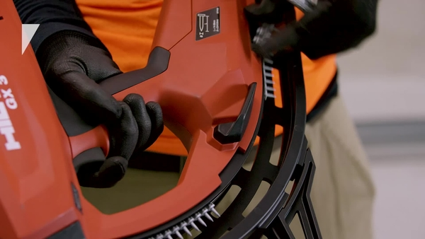 Product video of Hilti's gas-actuated fastening tool GX 3