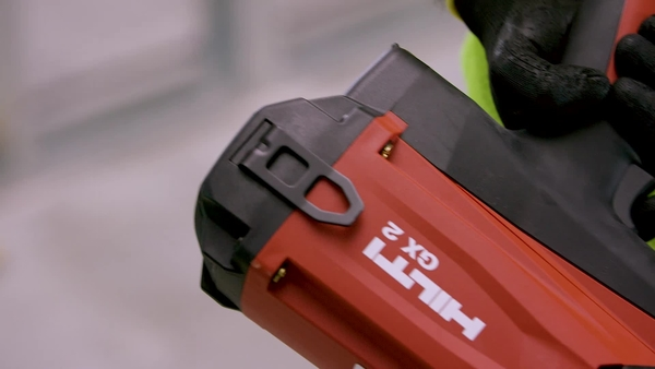 Product video of Hilti's gas-actuated fastening tool GX 2