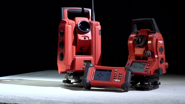 Robotic and mechanical total stations