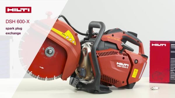 Cómo sustituir la bujía de una sierra a gasolina DSH 600-X.