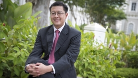 Thumbnail for entry Singapore Leadership - Interview with SMU Associate Professor of Law Eugene Tan, Channel NewsAsia (Singapore Tonight, 10pm), 4 Jan 2018