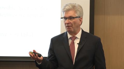 Thumbnail for entry Chris Waller's seminar on the US Economy