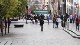Thumbnail for entry Pedestrians in Buchanan Street, Glasgow