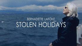 Vorschaubild für Eintrag Les petites vacances - Stolen Holidays