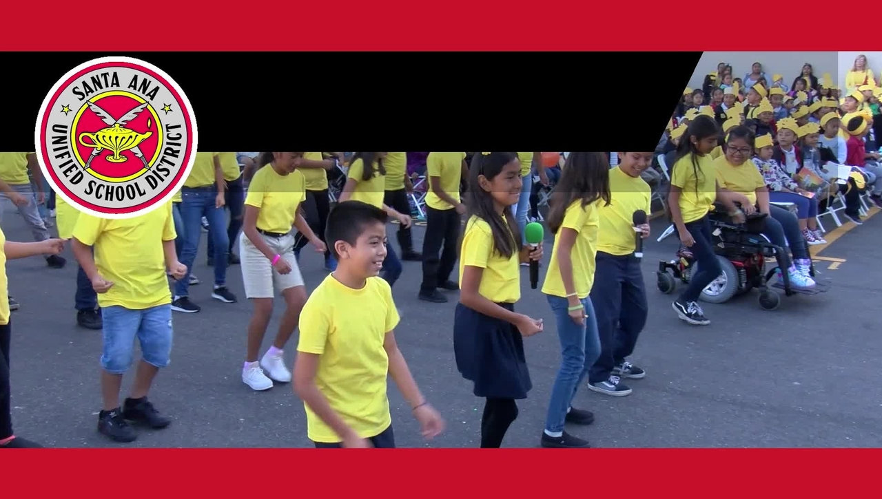 SAUSD Celebrates Walk to School Day 2019