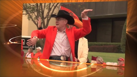 Thumbnail for entry 2013 Sea of Orange Homecoming Parade