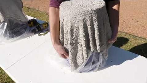 Thumbnail for entry DIY Concrete Planter