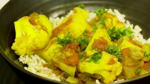 Thumbnail for entry Cauliflower and Potato Curry