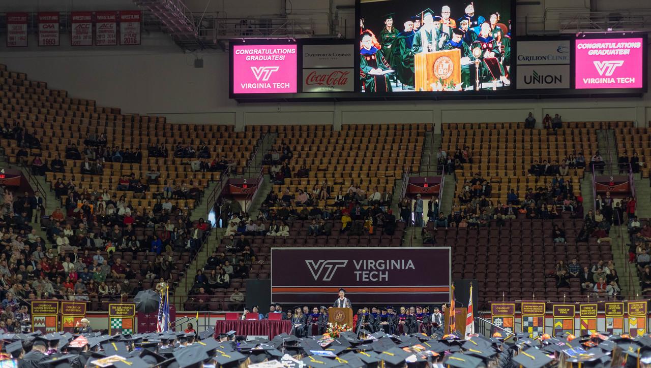 Fall 2018 undergraduate, graduate commencements take place
