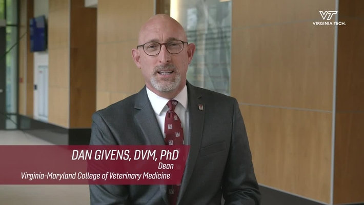 Dean M. Daniel Givens joins the veterinary college at Virginia Tech