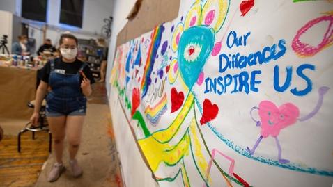 Thumbnail for entry Students organize HokiePRIDE community mural event