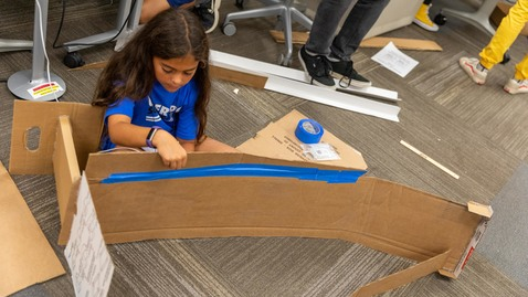Thumbnail for entry Middle schoolers design, build arcade games as part of annual ICAT Maker Camp