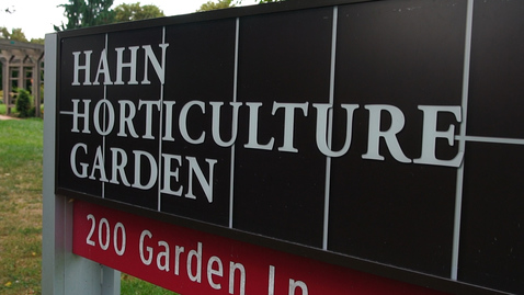 Thumbnail for entry A stroll through Hahn Horticulture Garden