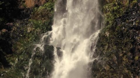 Miniatura para la entrada waterfall-close-up-539