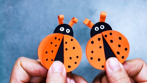 Thumbnail for entry 10 FUN PAPER CRAFTS FOR KIDS