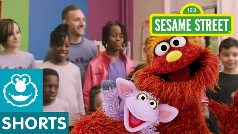 Thumbnail for entry Sesame Street: Murray Makes Recycled Artwork | Murray Had a Little Lamb