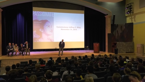 Thumbnail for entry Ma. Commissioner of Elementary and Secondary Education visits Quincy