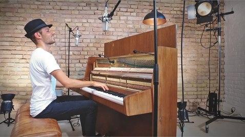Thumbnail for entry Despacito (Piano Cover) - Peter Bence